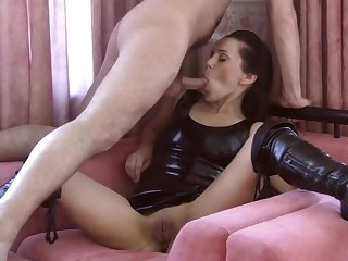 Brunette llano leather blouse enjoys hardcore sex