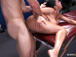 Cute breasty latina Diamond Kitty having an amazing massage fuck