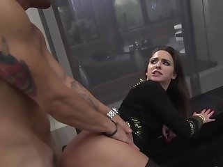 Horny young woman harshly nailed in mouth, pussy increased by fanny